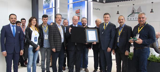 Award to Kipaş from Monforts